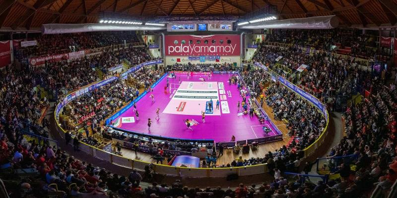 WEEK END DI COPPA ITALIA SOLD OUT A BUSTO ARSIZIO. SPETTACOLO IN CAMPO E...